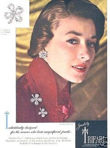 Trifari in Vogue 1950