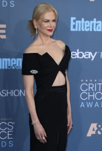 Nicole Kidman wearing a vintage brooch on the sleeve of her dress